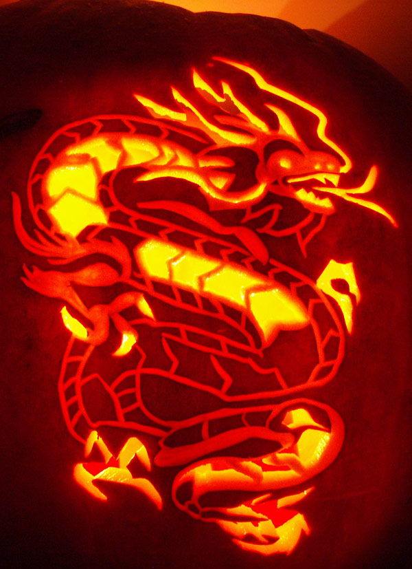 Pumpkin Carving: Eastern Dragon - Noel