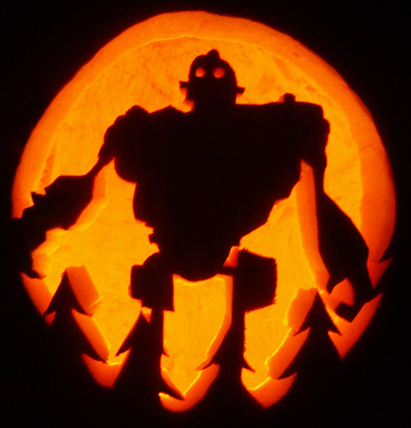 Pumpkin Carving: Iron Giant - Noel