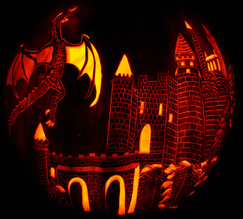 Pumpkin Carving: Dragon and Castle - Noel